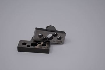 Picture of Corner Punch (Top Cutting Piece) - Operator and Non-Operator Side - Ultra SS - Gen II and i3